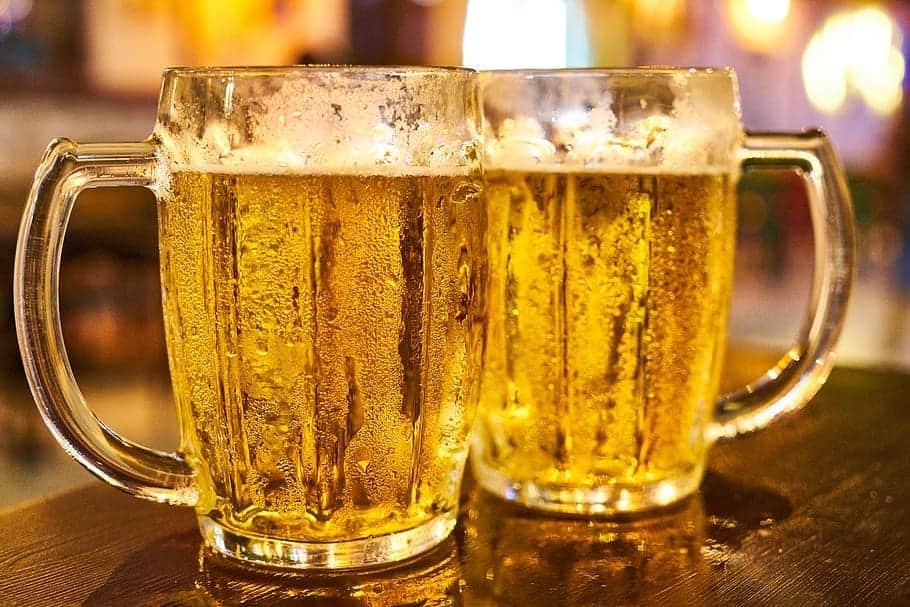OMG: 10 ಬಾಟಲ್ Beer ಕುಡಿದು ಮತ್ತಿನಲ್ಲಿ 18 ಗಂಟೆ ಮಲಗಿದವನ ಗತಿ ಏನಾಗಿದೆ ಗೊತ್ತಾ?