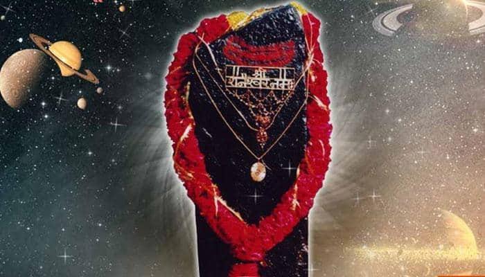 ನಿಧಾನ ಗತಿಯಲ್ಲಿ ಸಾಗುವ ಸೂರ್ಯಪುತ್ರಗೆ ಹೆದರಬೇಡಿ, ಅತ್ಯಂತ ದಾರ್ಶನಿಕ ಪ್ರವೃತ್ತಿಯ ದೇವ ಶನಿದೇವ