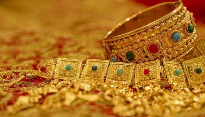 Gold Rate: ಇಳಿಕೆ ಕಂಡ ಚಿನ್ನದ ದರ: ಇಲ್ಲಿದೆ ನೋಡಿ ಇಂದಿನ ಚಿನ್ನ-ಬೆಳ್ಳಿ ರೇಟ್!