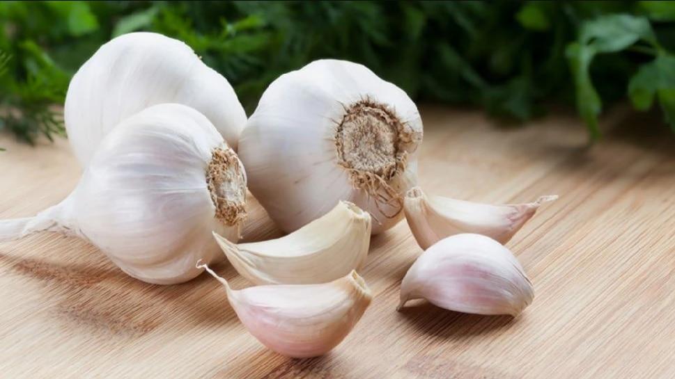 Garlic Benefits: ಉತ್ತಮ ಆರೋಗ್ಯಕ್ಕಾಗಿ ದಿನಕ್ಕೆ 'ಎರಡು ಪೀಸ್ ಬೆಳ್ಳುಳ್ಳಿ' ಮಿಸ್ ಮಾಡದೇ ಸೇವಿಸಿ!