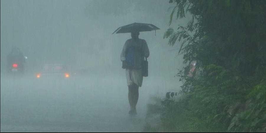 Tauktae Cyclone : ರಾಜ್ಯದಲ್ಲಿ 2 ದಿನ ಭಾರೀ ಮಳೆ, ಕೆಲ ಜಿಲ್ಲೆಗಳಲ್ಲಿ 'ಯೆಲ್ಲೊ ಅಲರ್ಟ್'