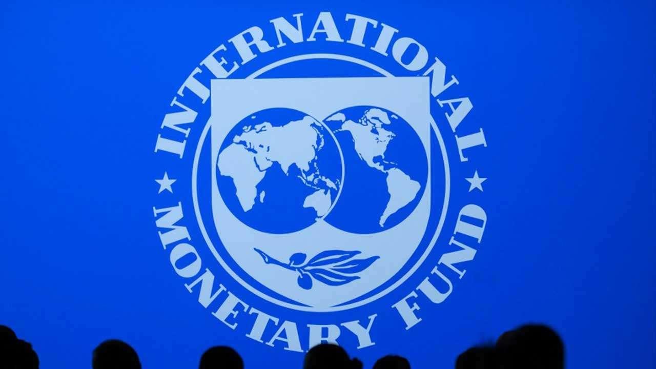 India Growth Projection By IMF: ಕೋರೋನಾ ಎರಡನೇ ಅಲೆಯಿಂದ ಭಾರತದ ಆರ್ಥಿಕತೆಗೆ ಭಾರಿ ಪೆಟ್ಟು! ಟೆನ್ಶನ್ ಹೆಚ್ಚಿಸಿದ IMF ವರದಿ