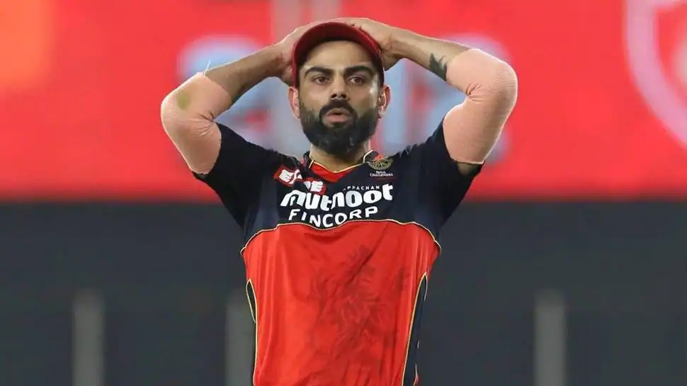 IPL 2021 ರ ಋತುವಿನ ನಂತರ ಆರ್ಸಿಬಿ ನಾಯಕತ್ವದಿಂದ ಕೆಳಗಿಳಿಯುವುದಾಗಿ ಕೊಹ್ಲಿ ಘೋಷಣೆ