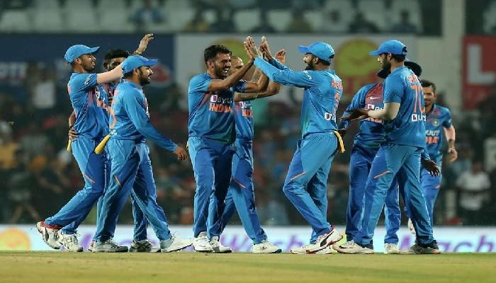 India vs Bangladesh 3rd T20I : ದೀಪಕ್ ಚಹಾರ್ ಹ್ಯಾಟ್ರಿಕ್ ವಿಕೆಟ್ ಗೆ ಮೆಚ್ಚುಗೆ ಸುರಿಮಳೆ