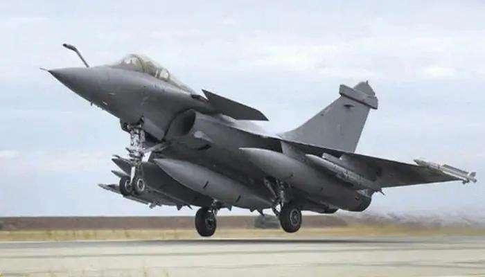 Rafaleಗೆ 137 ಕೋಟಿ ಭಾರತೀಯರ 'ನಮಸ್ಕಾರ', ಅಂಬಾಲಾ ಏರ್ಬೇಸ್ ನಲ್ಲಿ 5 ಯುದ್ಧವಿಮಾನಗಳ Smooth Landing
