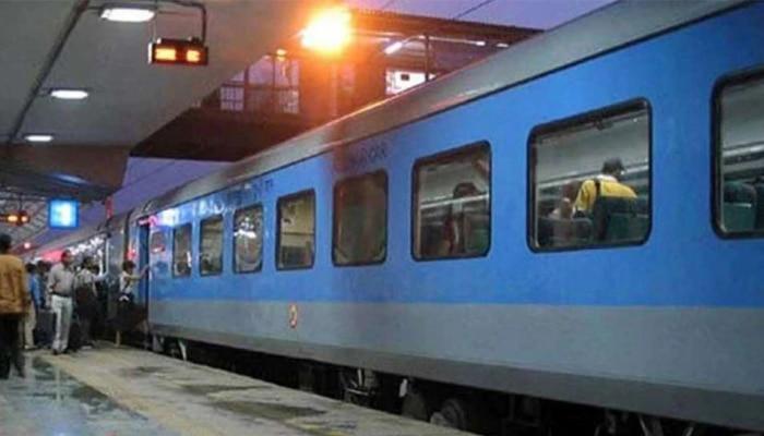 Women Saftey in Train: ಮಹಿಳಾ ಸುರಕ್ಷೆಗಾಗಿ ಹೈಟೆಕ್ಕಾಗುತ್ತಿದೆ ನಮ್ಮ ರೈಲು.!  ಈ ಕಾರಣಕ್ಕೆ ನೀವಿನ್ನು ಸೇಫ್