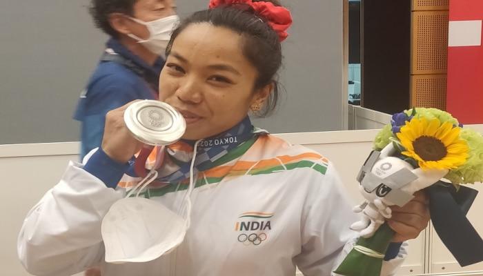 Tokyo Olympics Update:ಸ್ವದೇಶಕ್ಕೆ ಮರಳುತ್ತಿದ್ದಂತೆ ASPಯಾಗಿ ನೇಮಕಗೊಂಡ Silver Girl ಮೀರಾಬಾಯಿ ಚಾನು