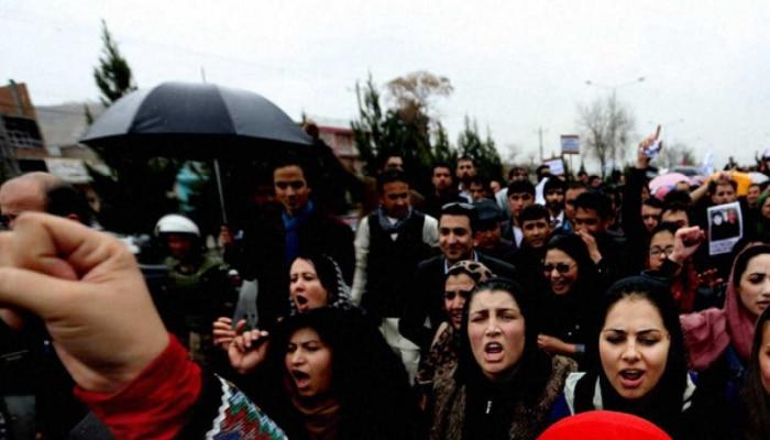 Afghanistan Crisis: ತಾಲಿಬಾನ್ ವಿರುದ್ಧ ಪ್ರತಿಭಟನೆ ನಡೆಸುತ್ತಿದ್ದ ಮಹಿಳೆಯರ ಮೇಲೆ ಹಲ್ಲೆ