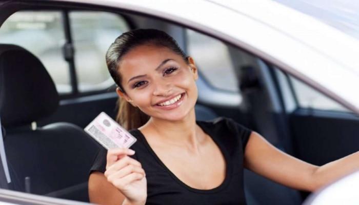 Big News: ಇನ್ಮುಂದೆ ವಾಹನ ಚಲಾಯಿಸುವಾಗ Driving License ಹಾಗೂ RC ನಿಮ್ಮ ಬಳಿ ಇಟ್ಟುಕೊಳ್ಳುವ ಅವಶ್ಯಕತೆ ಇಲ್ಲ, ಯಾಕೆ ಗೊತ್ತಾ?