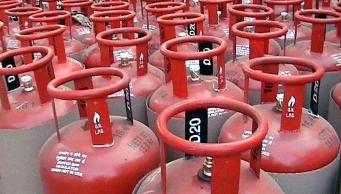 LPG Cylinder Subsidy Latest News: ಅಡುಗೆ ಅನಿಲ ಸಿಲಿಂಡರ್ ಮೇಲೆ ಮತ್ತೆ ಸಿಗಲಿದೆಯೇ ಸಬ್ಸಿಡಿ? ಸರ್ಕಾರ ಸಿದ್ಧಪಡಿಸಿದೆ ಈ ಮಾಸ್ಟರ್ ಪ್ಲಾನ್